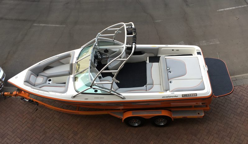 Pre-loved Imported Centurion 22ft Avalanche full
